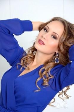 Photo of beautiful Ukraine  Anastasia with light-brown hair and brown eyes - 21422