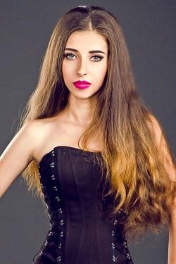 Photo of beautiful Ukraine  Anastasia with brown hair and green eyes - 21999