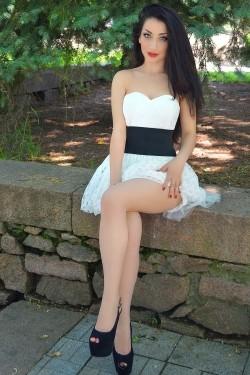 Photo of beautiful Ukraine  Anastasia with black hair and grey eyes - 28603