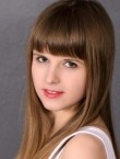 Photo of beautiful  woman Angela with light-brown hair and grey eyes - 21096
