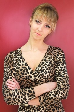Photo of beautiful Ukraine  Elena with blonde hair and green eyes - 21191