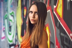 Photo of beautiful Ukraine  Ilona with brown hair and green eyes - 20986