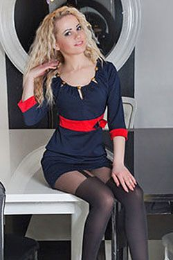 Photo of beautiful Ukraine  Inna with blonde hair and brown eyes - 18225