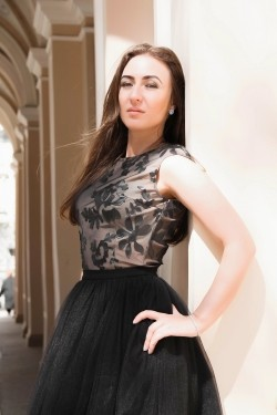 Photo of beautiful Ukraine  Inna with light-brown hair and green eyes - 28478