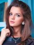 Photo of beautiful  woman Julia with brown hair and green eyes - 22332