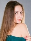 Photo of beautiful  woman Juliya with brown hair and brown eyes - 27925