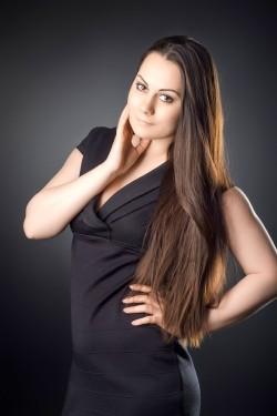 Photo of beautiful Ukraine  Kristina with black hair and hazel eyes - 21266