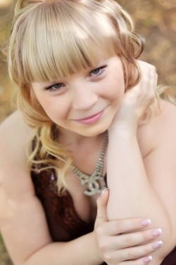 Photo of beautiful Ukraine  Nataliya with light-brown hair and blue eyes - 20610