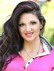 Photo of beautiful  woman Oksana with brown hair and brown eyes - 22321
