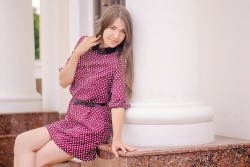 Photo of beautiful Ukraine  Olga with light-brown hair and grey eyes - 28667