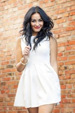 Photo of beautiful Ukraine  Tatiana with black hair and brown eyes - 21791