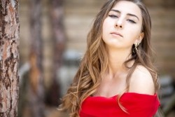 Photo of beautiful Ukraine  Viktoria with light-brown hair and blue eyes - 20782