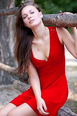 Photo of beautiful Ukraine  Viktoriya with light-brown hair and blue eyes - 18161