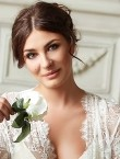 Photo of beautiful  woman Yulianna with brown hair and brown eyes - 28723